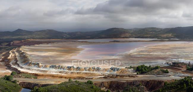 Paysage rocheux le matin à Mines de Riotinto, Huelva — Photo de stock