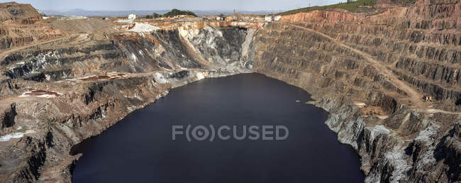 Aerial view of rocky landscape and river in morning in Mines of Riotinto, Huelva — Stock Photo