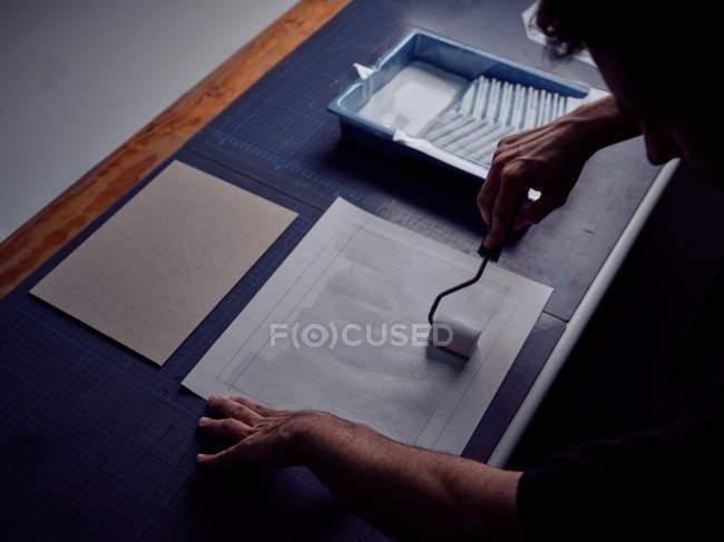 Rilegatura libro di incollaggio copertina rigida con rotolo — Foto stock