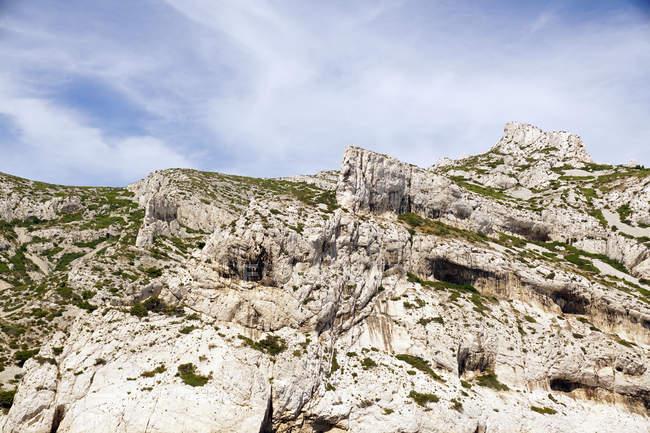 Mountain landscape with white rocks — Stock Photo
