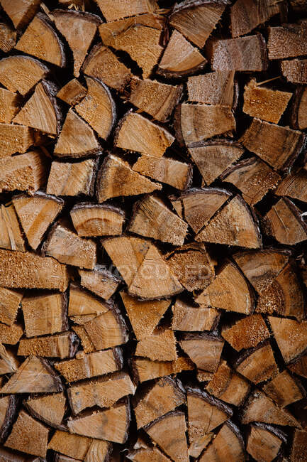 Grande quantité de bois de chauffage sec — Photo de stock