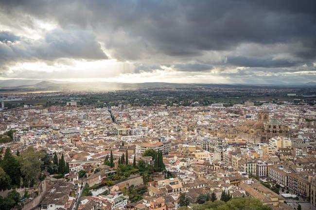 Cidade antiga no dia nublado Sevilha, Espanha — Fotografia de Stock