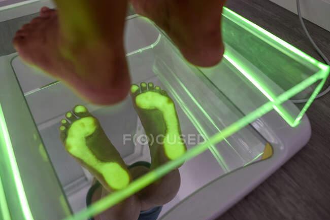 Escaneo paso a paso del paciente - foto de stock