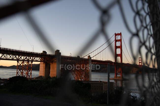 Ландшафтний міст Золоті Ворота на світанку — стокове фото