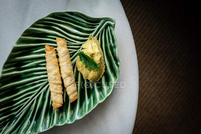 Modern and ecologic recipe — Stock Photo
