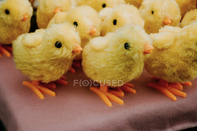 Stuffed chicks on the table — Stock Photo