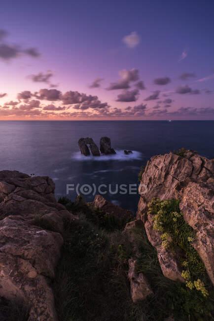 From above amazing seascape and cliff coastline in colorful sundown in Costa Brava — Stock Photo
