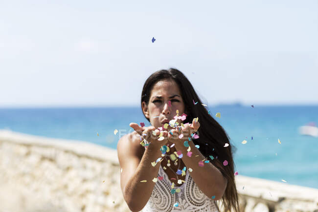 Woman party outdoors seaside having fun looking camera — Stock Photo