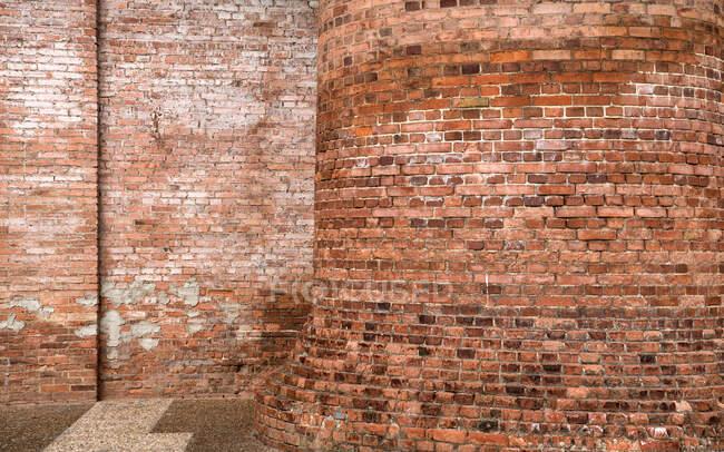 Exterior of shabby brick building of factory — Stock Photo