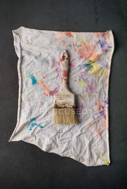 Pincéis em pano pintado — Fotografia de Stock
