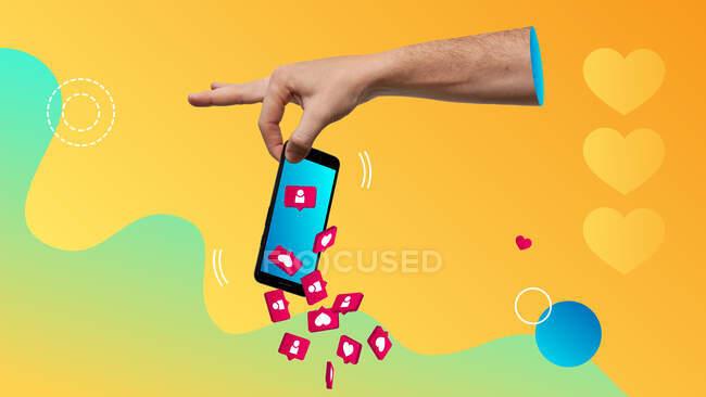 Collage d'art contemporain conceptuel. Concept de se débarrasser de la dépendance aux médias sociaux. Serrer la main d'un smartphone avec les icônes des médias sociaux tombant. — Photo de stock