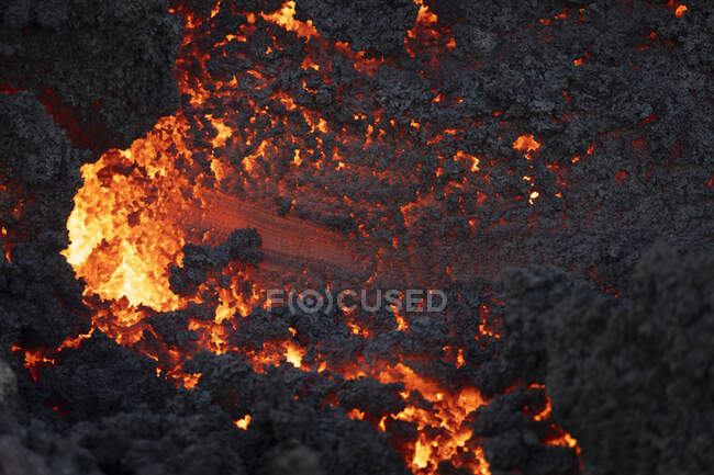 Close-up texture Fagradalsfjall volcano erupting in Iceland — Stock Photo