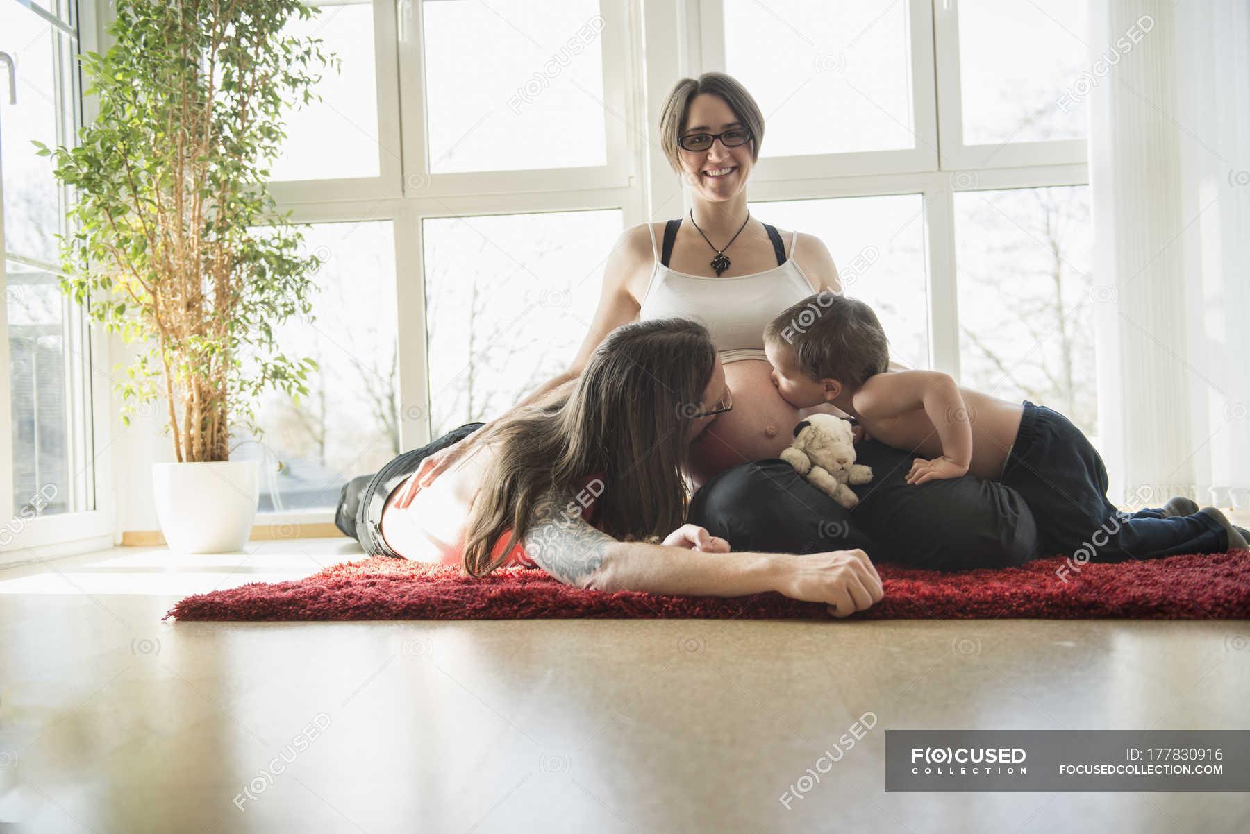 Соитие мамы с сыном, Порно: мама и сын. Инцест мамы и сына. Секс мамы 12 фотография