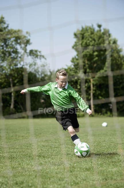 Fußball-Jungenstrafrecht — Stockfoto