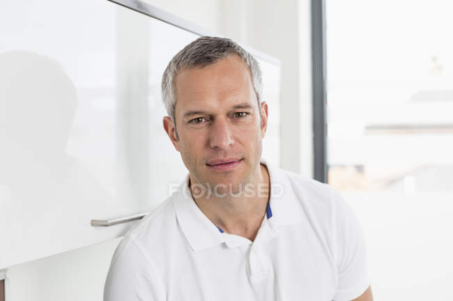 Male Doctor in hospital — Stock Photo