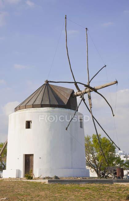 Традиційна млини в Іспанії — стокове фото