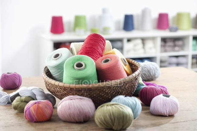 Multicolor reels of sewing thread — Stock Photo