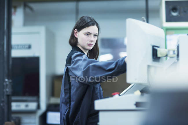 Print worker working in industry — Stock Photo