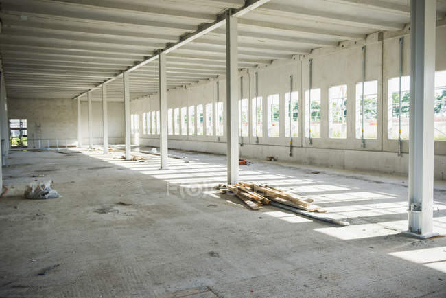 Незавершене будівництво під будівництво — стокове фото