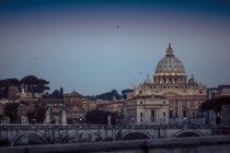 Ватикану, собор Святого Петра при сходом сонця — стокове фото