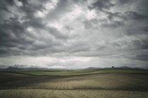 Nuages sur les champs, Espagne — Photo de stock