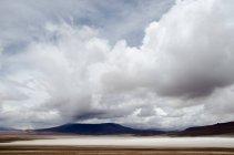 Nuvole di tempesta sul deserto di Atacama, Cile — Foto stock
