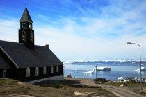 Мальовничий вид на Zions церкви, Ллуліссатську, Гренландія — стокове фото