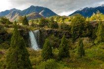 Vista panoramica delle cascate Truful-Truful, Parco Nazionale del Conguillio, Cile — Foto stock