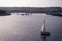 Мальта, Ла-Валетта, точное время захода солнца — стоковое фото