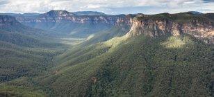 Vue panoramique des montagnes bleues, New South Wales, Australie — Photo de stock