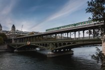 Scenic view of Bir-hakeim bridge over River Seine, Paris, France — Stock Photo