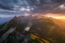 Malerische Aussicht auf die majestätische Alpstein Berge, Schweiz — Stockfoto