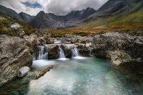 Sceic вид фея бассейны, Скай, Шотландия, Великобритания — стоковое фото