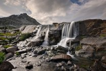 Waterfall in Upper Washakie Creek, Bridger-Teton National Forest, Wyoming, USA — Stock Photo