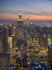 Scenic view of Manhattan skyline at night, New York, USA — Stock Photo