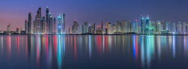 Scenic view of Dubai panorama at night, UAE — Stock Photo