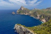 Vista panorâmica de rochas em Mallorca, Espanha — Fotografia de Stock