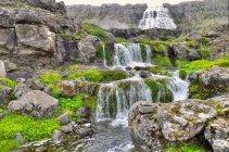 Мальовничий вид на dynjandi водоспад, Arnafjord, Ісландія — стокове фото
