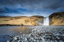 Vue panoramique sur la cascade de skogaa, Islande — Photo de stock