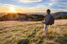Man hiking and looking at view, Vulcan Mountain Wilderness Preserve, California, America, USA — Stock Photo