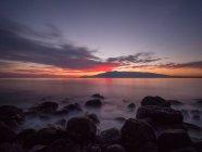 Vue panoramique du coucher du soleil sur la plage, Feniglia, Toscane, Italie — Photo de stock