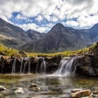 Scenic view of small waterfalls, Isle of Skye, Scotland, UK — Stock Photo