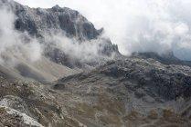 Vue panoramique sur les montagnes de Picos de Europa, Cabrales, Asturies, Espagne — Photo de stock