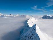 Tappeto nuvoloso e cime montuose, Gastein, Salisburgo, Austria — Foto stock