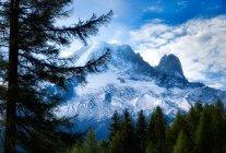 Snowcapped mountain peaks, Mont Blanc, Chamonix, France — Stock Photo