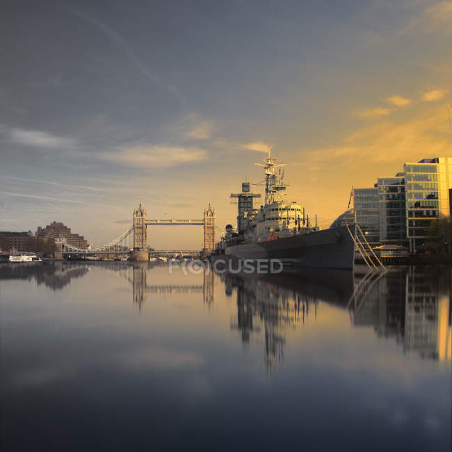 Belfast e Tower Bridge — Foto stock