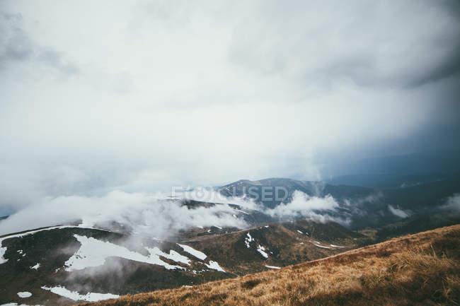 Hermoso paisaje de montaña - foto de stock