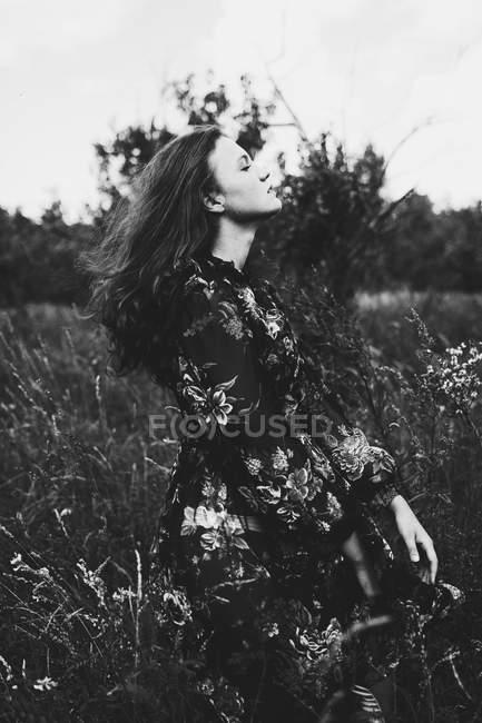 Ritratto di ragazza adolescente — Foto stock