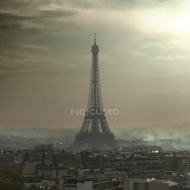 Eiffel Tower in the smog — Stock Photo