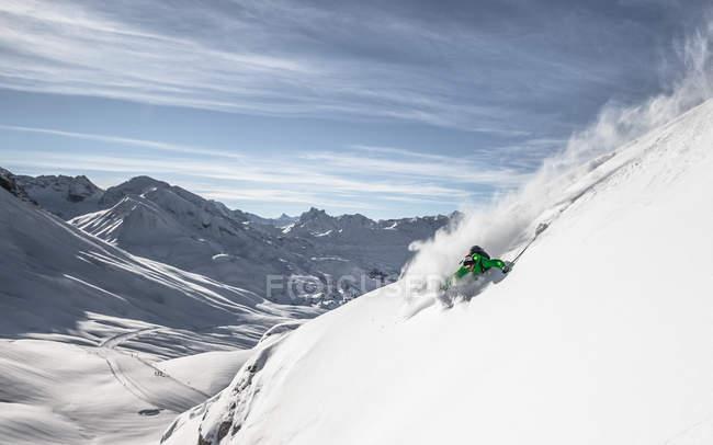 Ski alpin skieur de free ride — Photo de stock